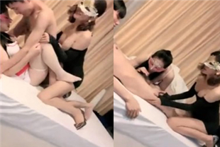 大长腿面罩妹子两男两女宾馆啪啪秀口交抽插搞完一个再搞另一个