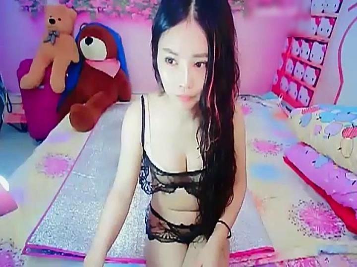 性感情趣内衣网袜美女主播激情喷水大秀