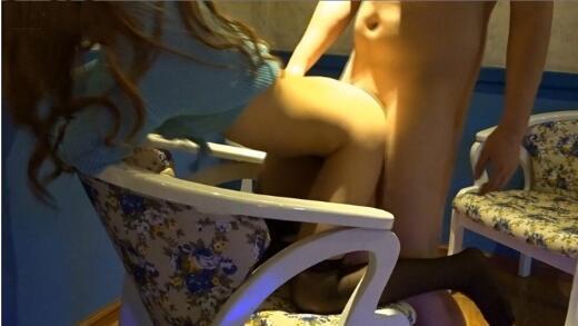 91小白新作-公司性感小姐姐淫荡骚浪美臀翘 皮肤白皙性感小美女骚的不行扒下黑丝椅子上猛操1080P完整版