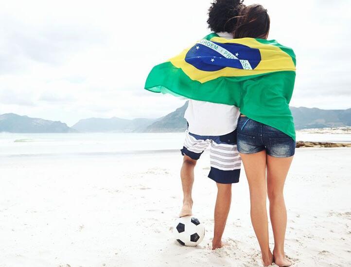 看完世界杯和前女友去酒店开房不戴套来一炮出出火普通话对白