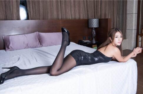 巨乳腿模莉莉续集加长版 一晚上三次水多又耐操~1