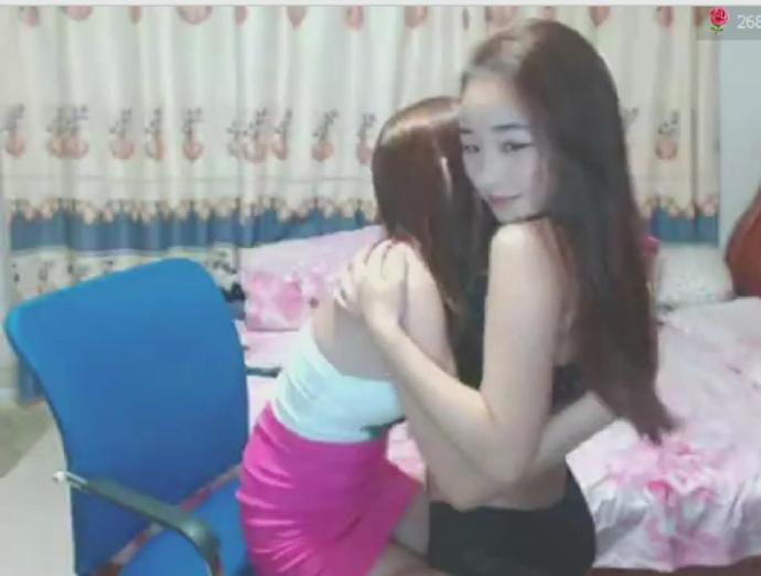 秒杀日韩女主播斗鱼双生姐妹花走私视频和狼友互动有对白