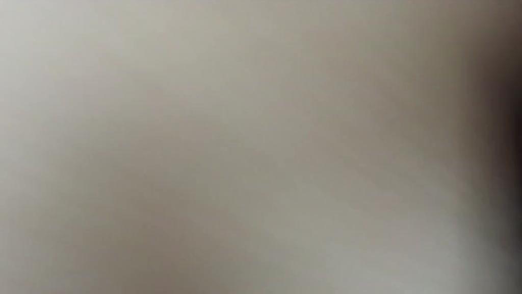 [那女神太美我不敢看!!]网路火红名校女神的汙点,性爱影片流出!!!