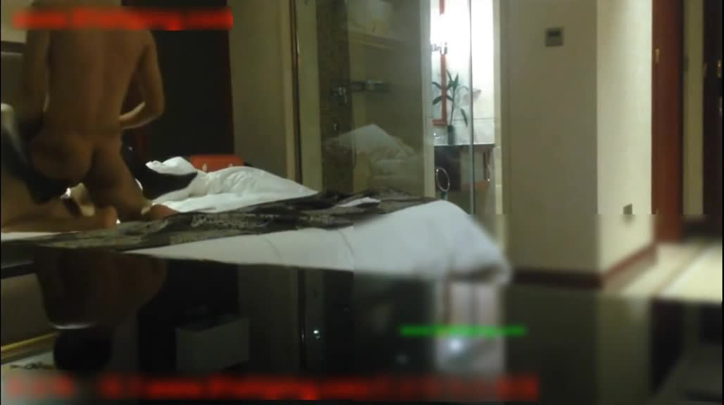 偷拍外围女穿护士服性爱接客全过程