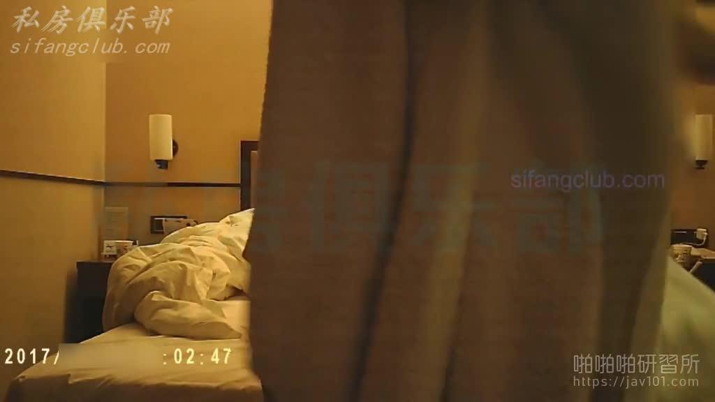 :你过来敲门就可以了 我等你, 陌陌约到的女人已脱好衣躺在床