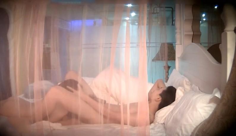 [酒店偷拍] 美人捲珠帘,大胸妹妹身和网友第一次见面就直接床上见真章!!没想到就操了快一小时!!