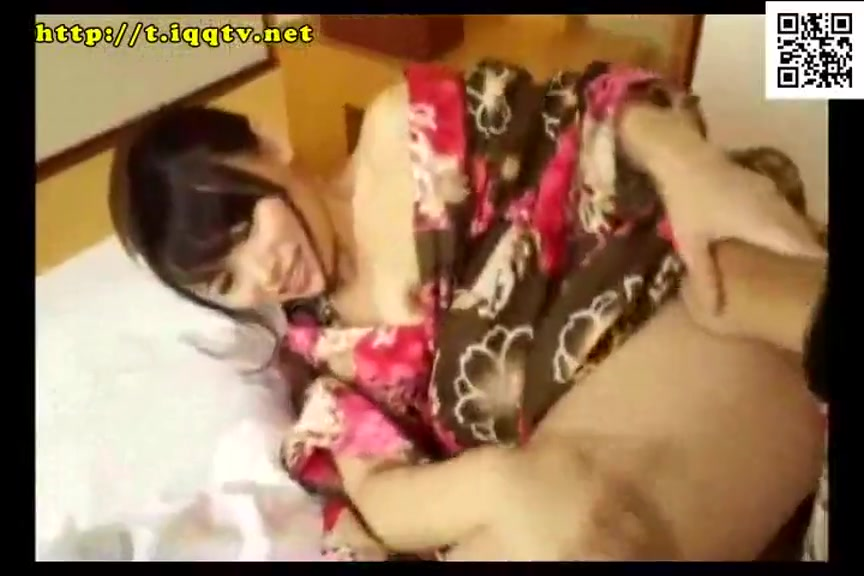 头一次让我看淋湿头髮的妳 #25 长濑凉子