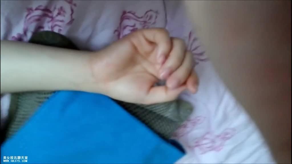 [脸部认正!]韩国郑X贞这脸蛋不用化浓妆都好看,两个洞都被注入流出!