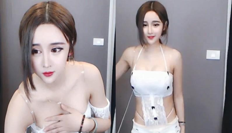 熊猫TV黑长直热舞求斗内~ (5)