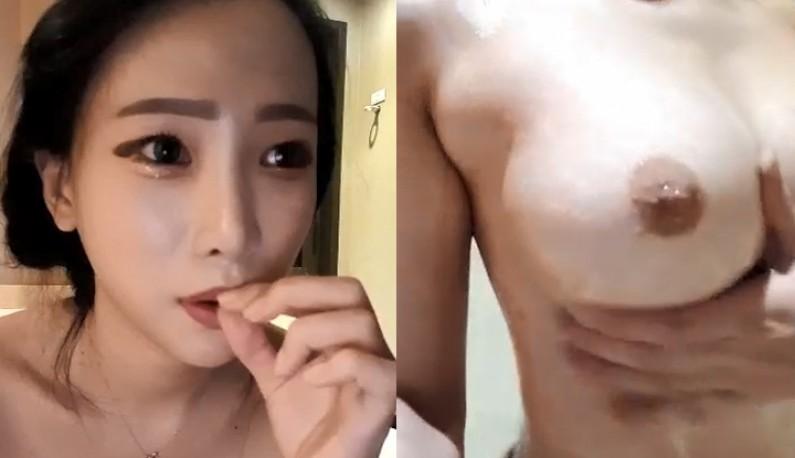 [韩国] 泡菜馒头洗澡给哥哥们看~贵妃出浴有没有看过!!