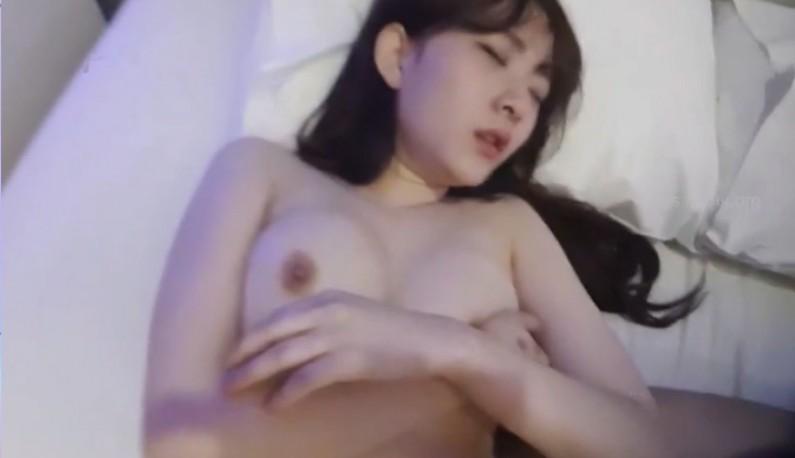 [韩国] 出卖女友系列!!情侣主播互相脱衣~就为了让爹爹们抖更多钱!! (2)