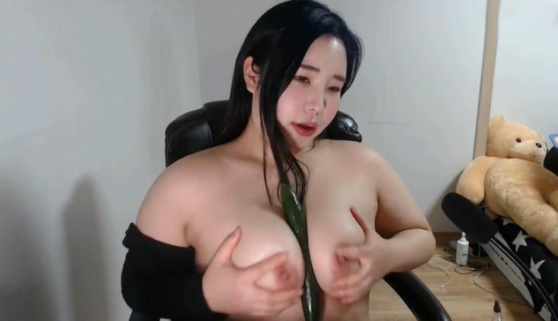 [韩国] 浪玩大奶是我开台的最佳武器~