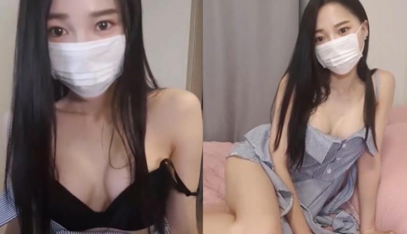 [韩国] 淫蕩主播玩弄小穴~躺在床上不停呻吟~