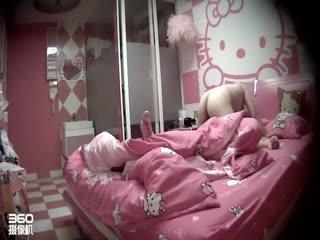 精品推荐旅馆珍稀粉红房偷拍小胖哥被丰满大奶女友骑得爽歪歪床很有节奏摇动