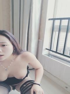 大奶网红曼曼阳台口爆户外啪啪吞精高清