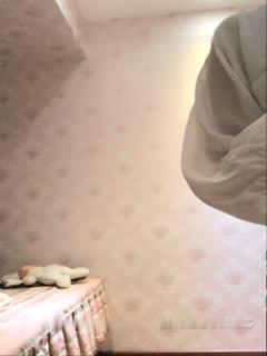 小可爱平台(原卡哇伊)漂亮一字马新人主播弟弟y1027收费骚舞自慰洗澡秀清纯漂亮很是诱人