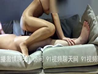 操爱穿丝袜的淫荡少妇,偷情的快感