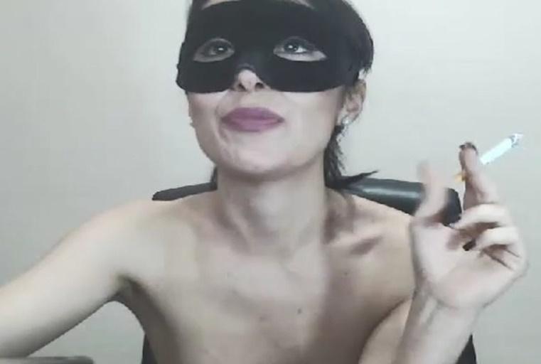 [欧美主播外流]戴上面具的性感主播,火辣身躯淫声细语超有画面