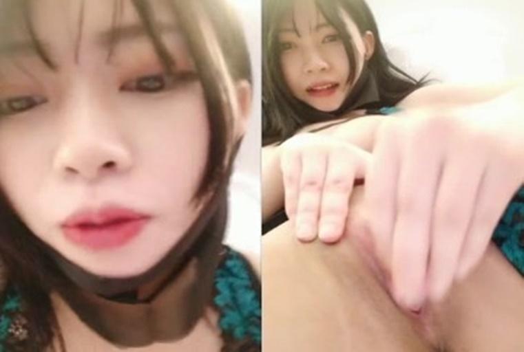 [中文主播外流]少女自慰短片骚逼里全是乳白色的淫水狂流