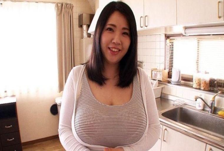 温柔的大奶与超赞淫技,乳交、猛干到你爽翻天!