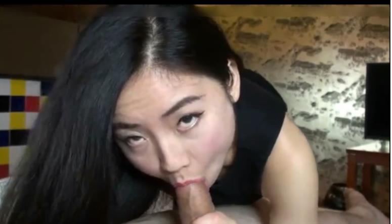 台湾美女吃大屌视频曝光,被大屌啪啪的爽晕