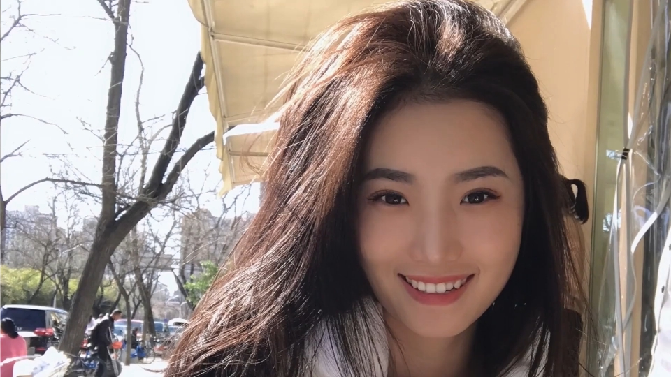 北京嫩模瑶瑶御姐范和男友裸体在厨房被玩逼