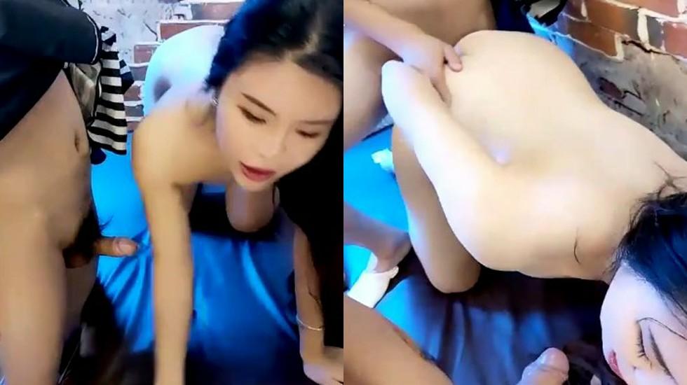 皮肤水嫩光滑的美女 按摩店内勾引男技师 忍不住在按摩床上干起来