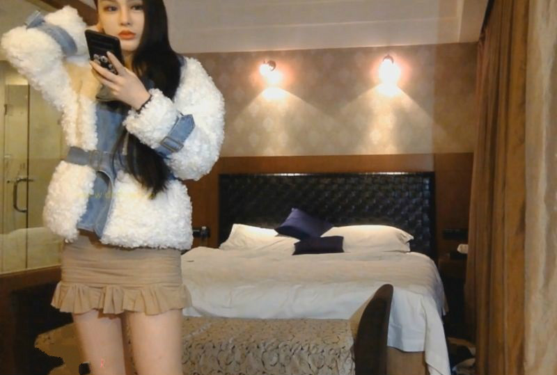 气质俱佳的超短裙制服小姐颜值气质极高,被我内射2次
