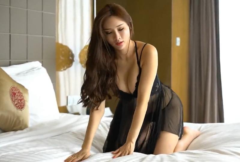 顶级模特各种性感睡衣暴击诱惑