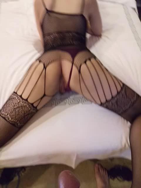极品36E空姐身着连体网袜,女上位疯狂摇摆1 (1)