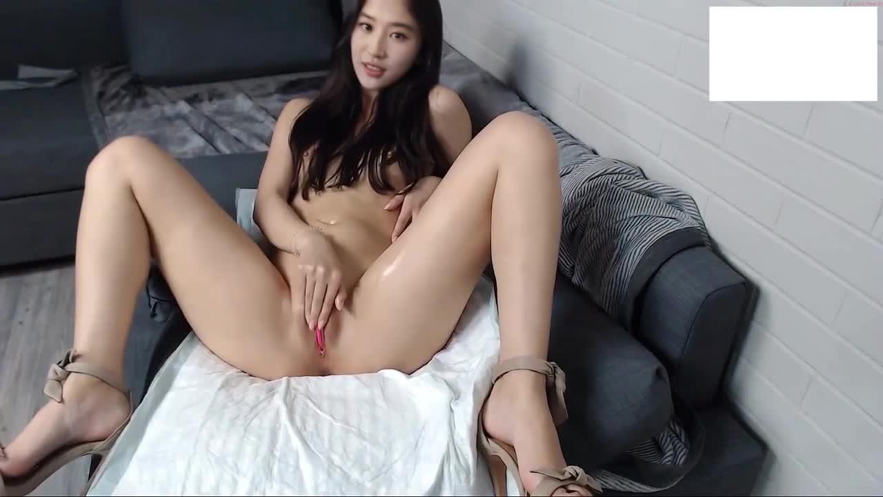 女神刘亦菲自慰小视频 自慰潮喷 蛮真实