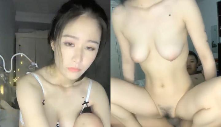 瀋阳年轻情侣啪啪直播,高颜值女友被刺青男友操不够还拿小玩具塞穴里~