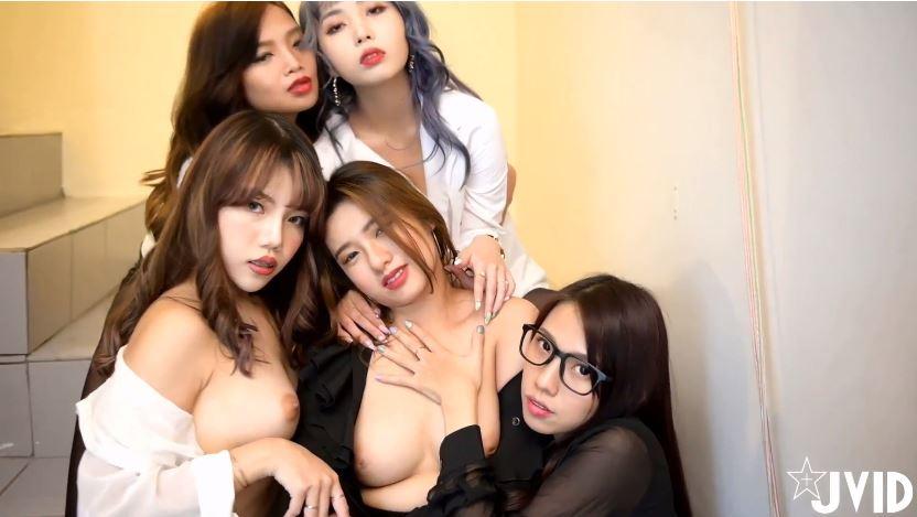 【JVID精品】5位黑丝OL下班后的淫行旅馆淫乱伺俸社长影片