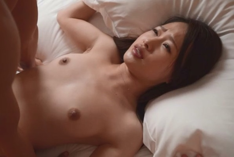 [人妻偷情愿望]超美素人妻系列   佐藤 里奈   年齢