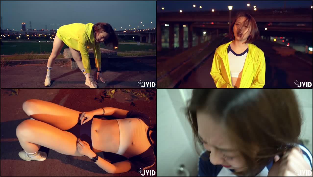微电影【健身教练把正在做夜跑运动的少女操了】