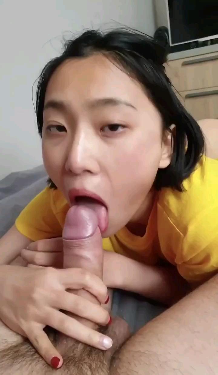[短视频区] 骚货留学生刘玥,还有一个汉服的发不出去,就这个了,顶起来还有后续